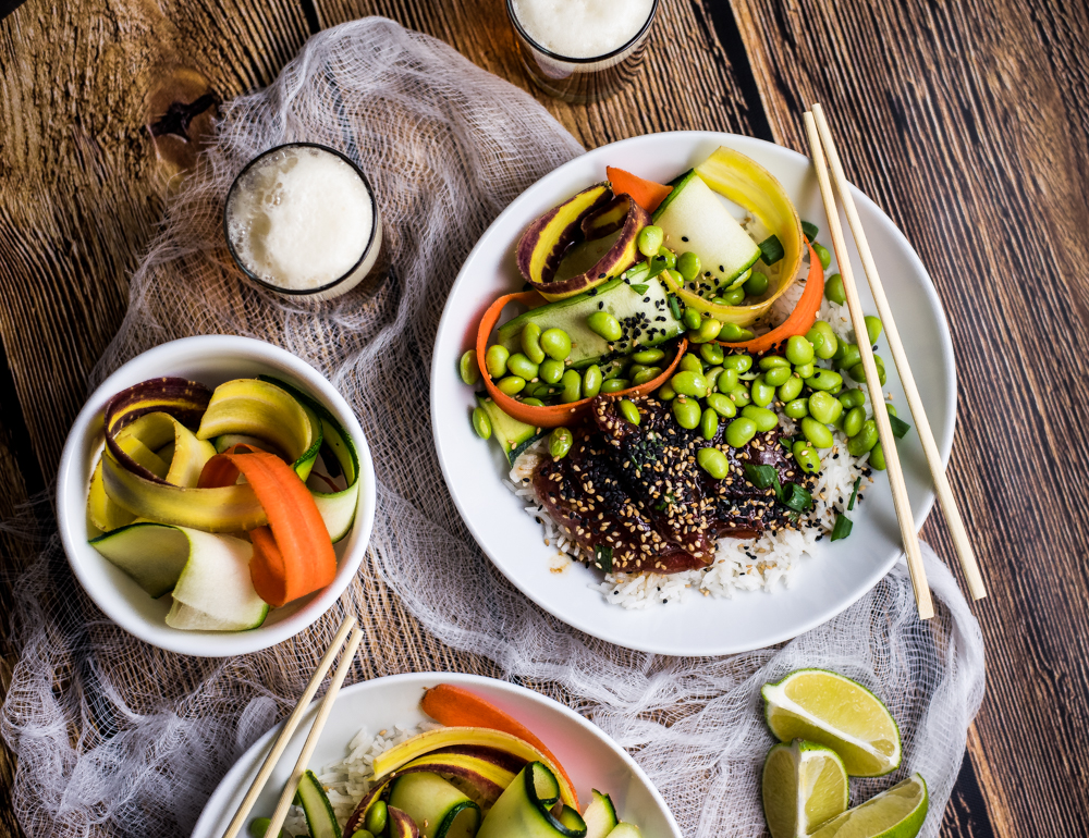 Ahi Poke Bowls with Sesame Ginger Vinaigrette are a nutritious and delicious way to spruce up your weeknight dinner recipes!