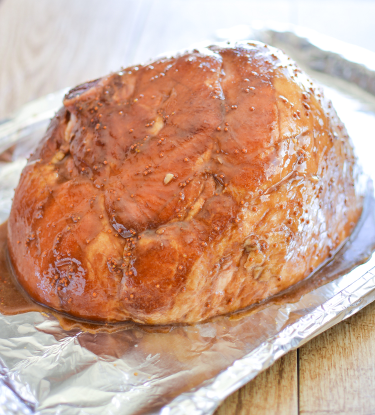 Brown Sugar Beer Glazed Ham is a must-have for Easter this year! | www.cookingandbeer.com