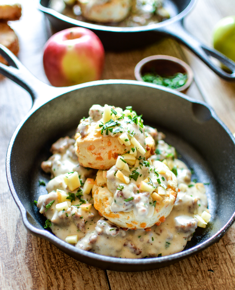 3-Ingredient Cheesy Biscuits with Apple Sausage Gravy: the ultimate comfort food made easy! | www.cookingandbeer.com