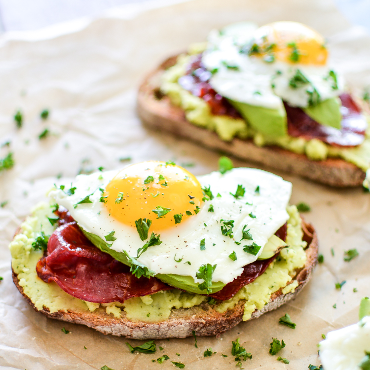Breakfast made simple: Breakfast Toast with Fava Bean Spread and Crispy Capicola! | www.cookingandbeer.com