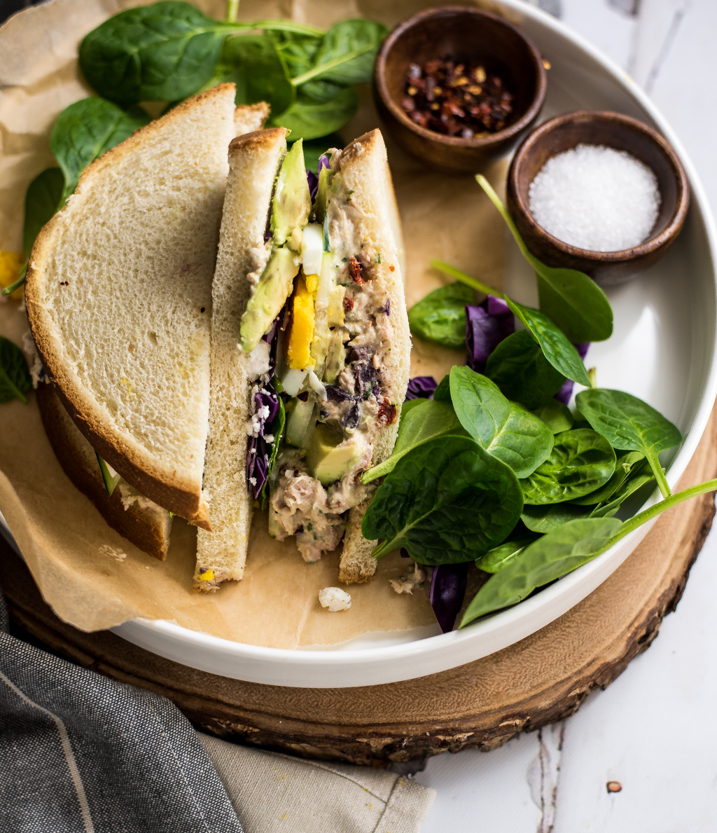 Take your sandwich game to the next level and jazz up your tuna salad! These tuna salad sandwiches are perfect for lunch OR dinner!