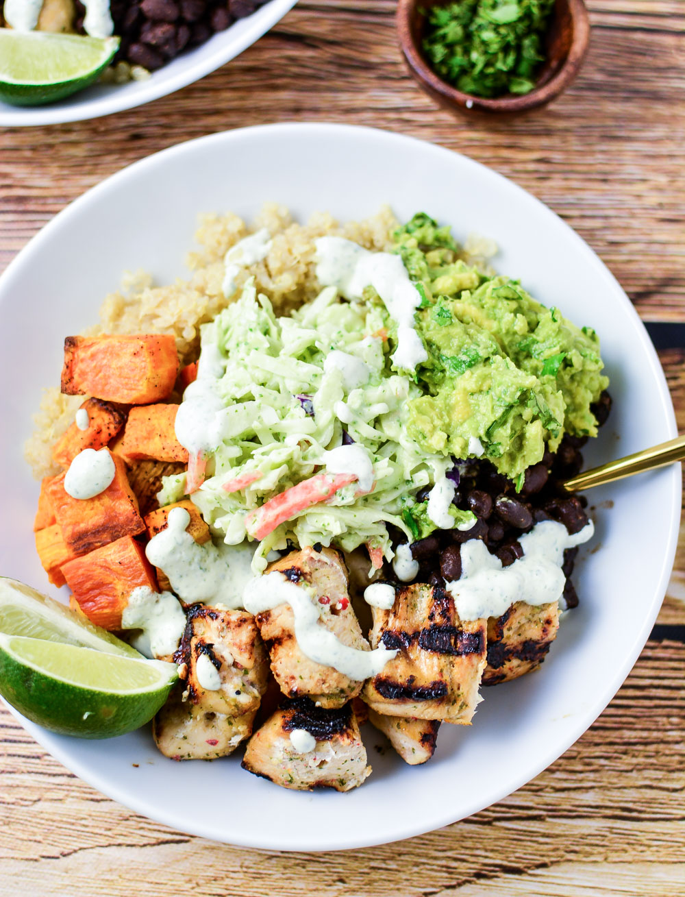 Cuban Chicken Quinoa Bowls are the perfect weeknight dinner recipe that packs a lot of flavor!