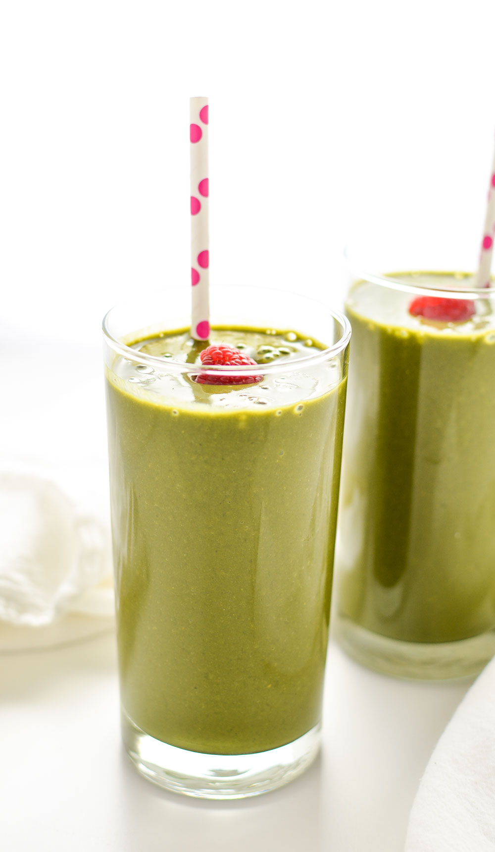 Raspberry, Matcha Super Green Smoothie is the perfect way to kick start your resolutions!