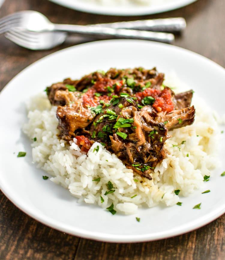 Slow Cooker Honey Balsamic Pork | www.cookingandbeer.com