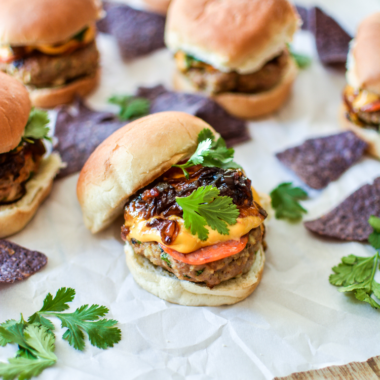 Recipe for Smoky Pepperoni Turkey Sliders with Bacon Jam and Queso | www.cookingandbeer.com