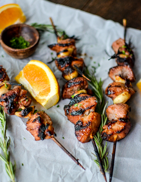 Apricot and Orange Pork Skewers with Garlic and Rosemary is a grilling recipe perfect for summer! | www.cookingandbeer.com
