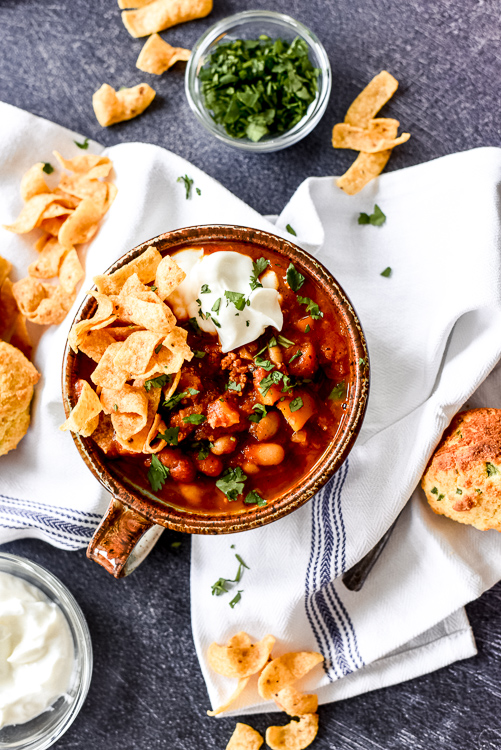 Looking for the perfect way to warm up this fall, well then this instant pot pumpkin chili is for you!