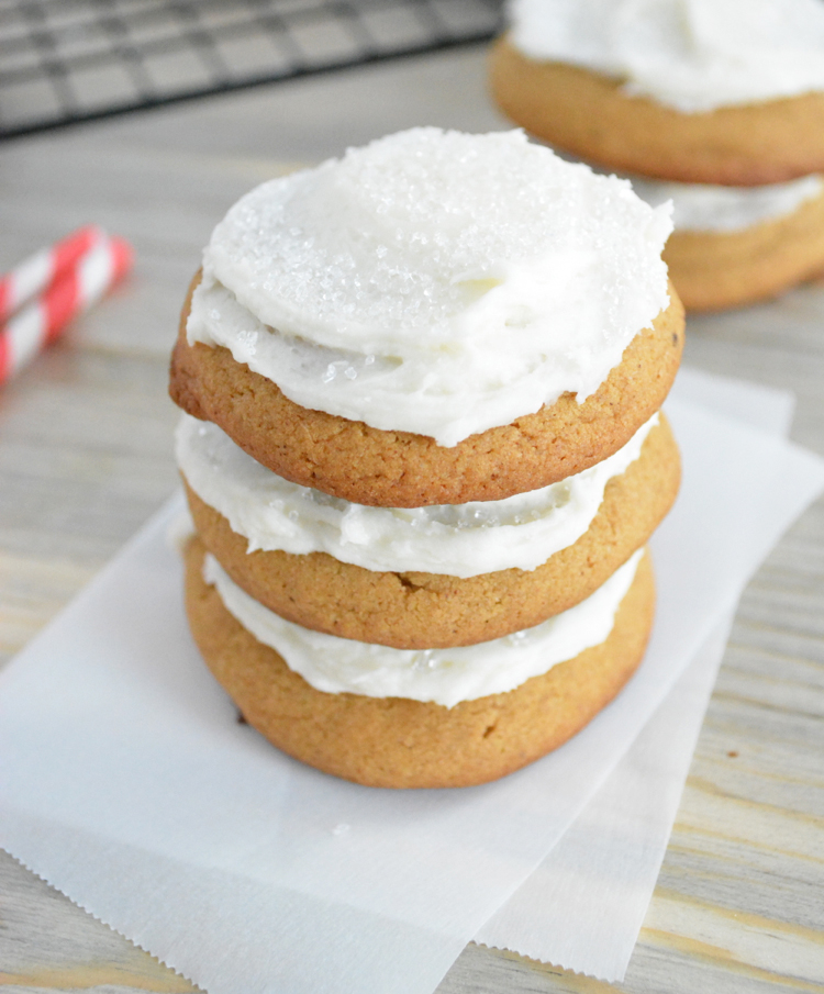 Soft Gingersnap Cookies With Cream Cheese Frosting