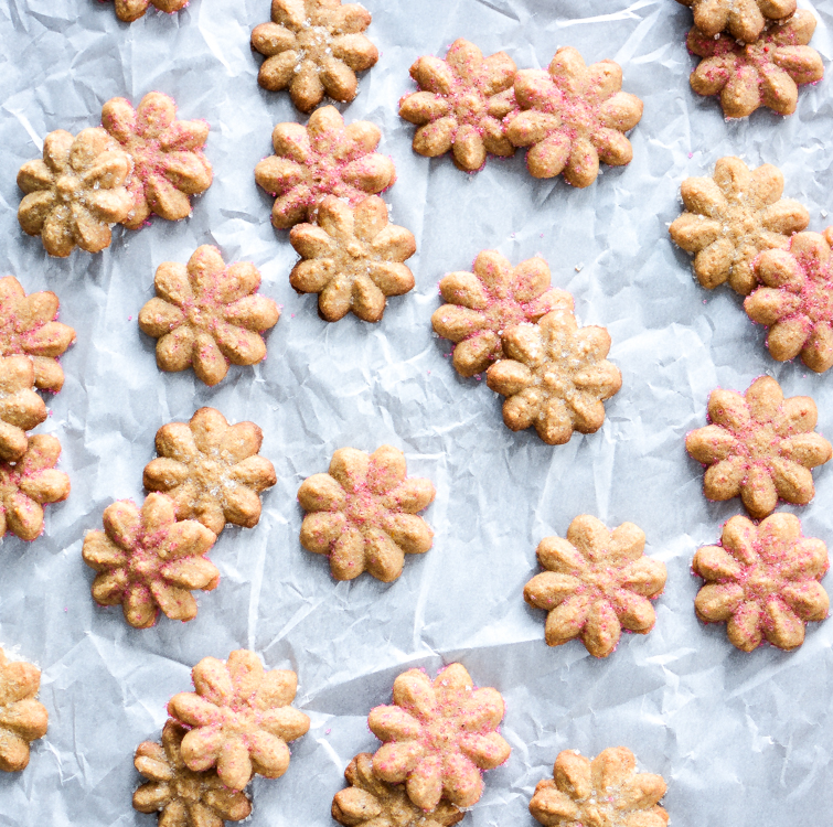 Ginger Spice Spritz Cookies #Christmas #cookies #holiday