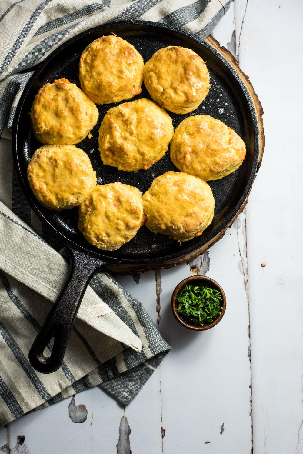 For breakfast, lunch, or dinner, these quick and simple sweet potato biscuits and gravy are a snap to whip up, super delicious, and insanely comforting!