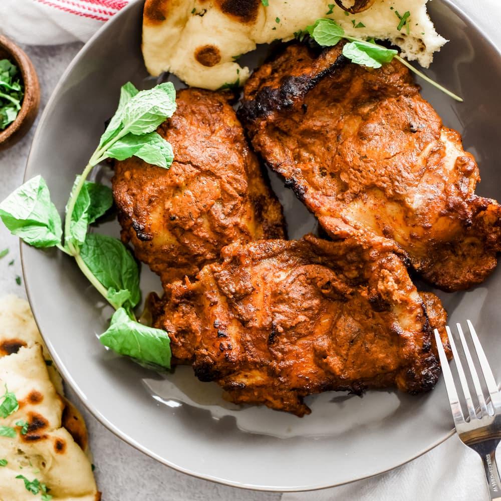 Tandoori chicken with apple raita