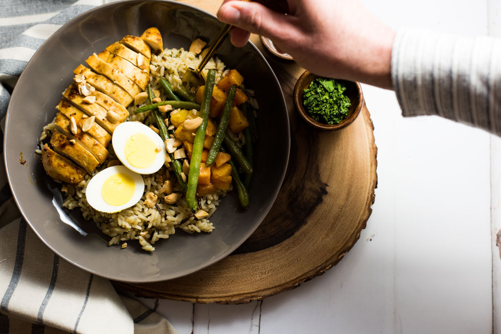 Brown Butter rice bowls with marinated chicken breast and roasted veggies is the perfect family-friendly weeknight meal that's loaded with nutritious deliciousness!